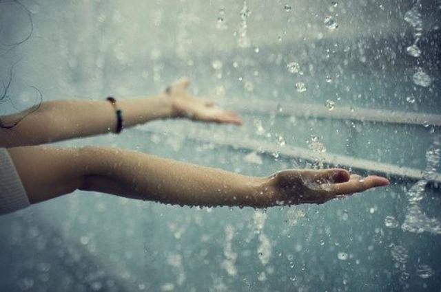 Hujan dan kebahagiaan