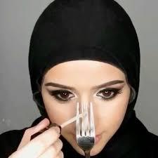 garpu untuk contouring