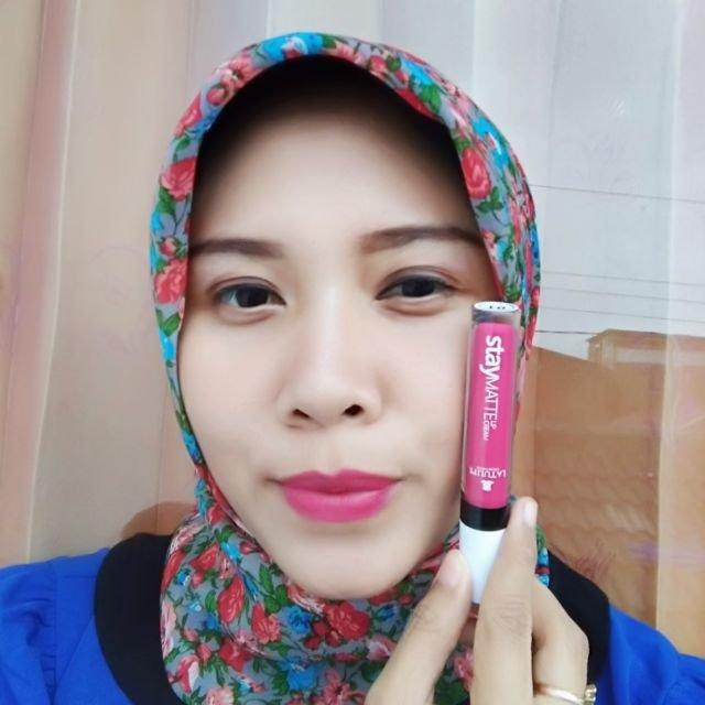 La Tulipe Staymatte Lip Cream