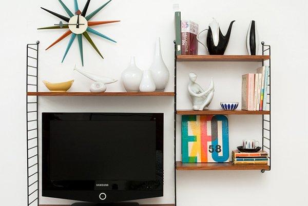 tv di kamar kos