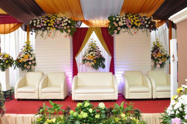 15 Model Pelaminan Untuk Pesta Pernikahan Di Halaman Rumah