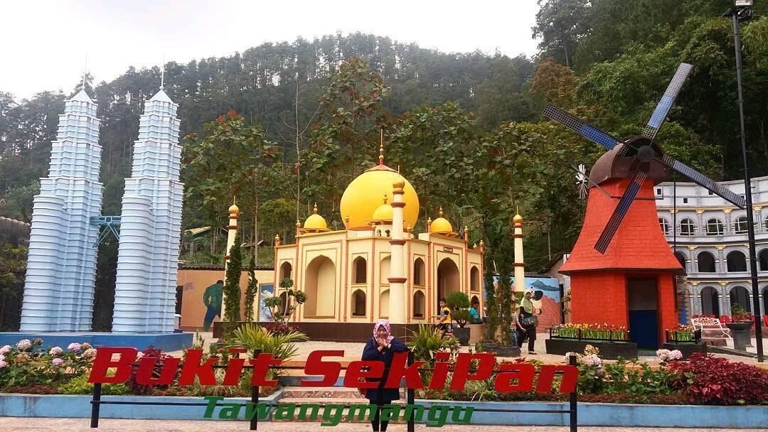 Bukit Sekipan Tawangmangu, Destinasi Kekinian yang Instagramable ...