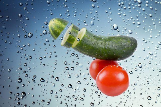 Cara Menghilangkan Jerawat Dengan Tomat Dan Timun