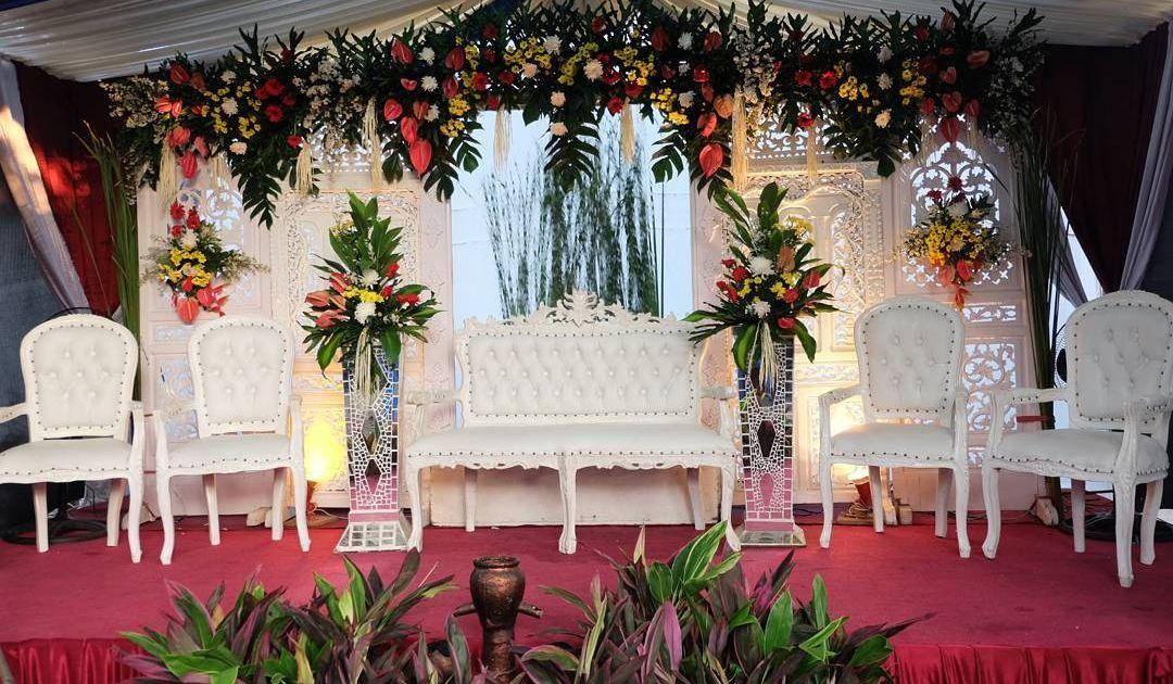 15 Model Pelaminan untuk Pesta Pernikahan di Halaman Rumah ...