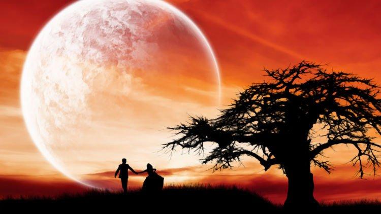 hipwee hd love couple wallpaper supermoon romantic night wide 15734541