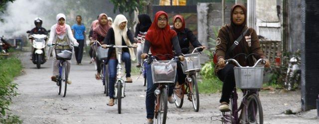 Sepeda Alat transportasi Utama siswa