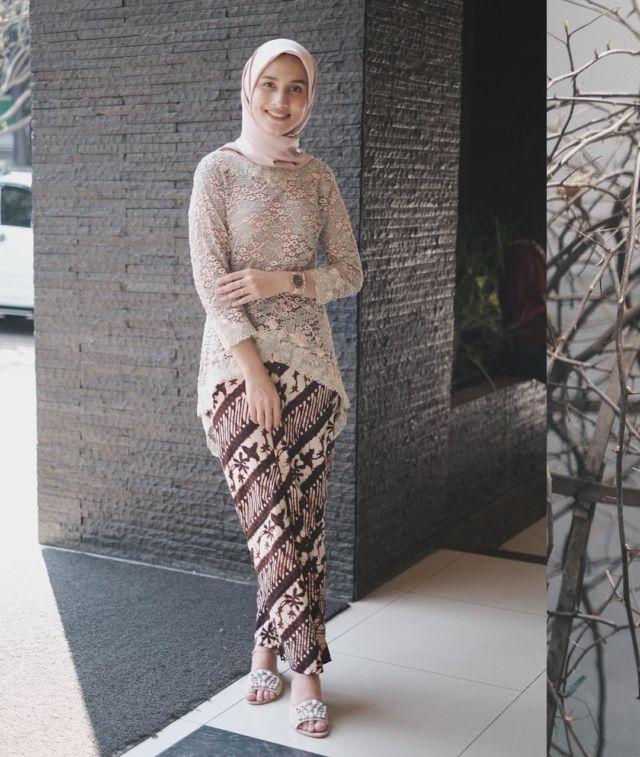 12 Ragam Kebaya Dan Rok Batik Ala Dwi Handa Klop Buatmu Yang