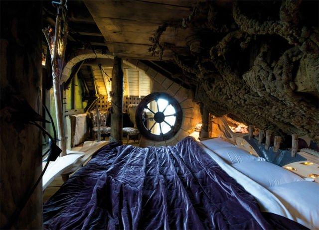 kamar dalam gua