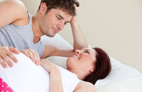 Bolehkah Bercinta Saat Sedang Hamil? Ini 5 Fakta Penting