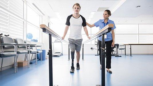 Fisioterapis bekerja