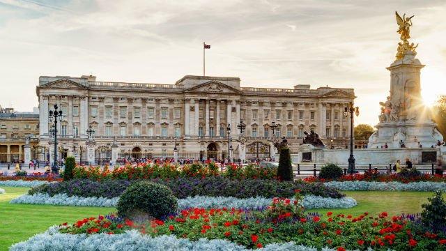 Buckingham Palace, Inggris