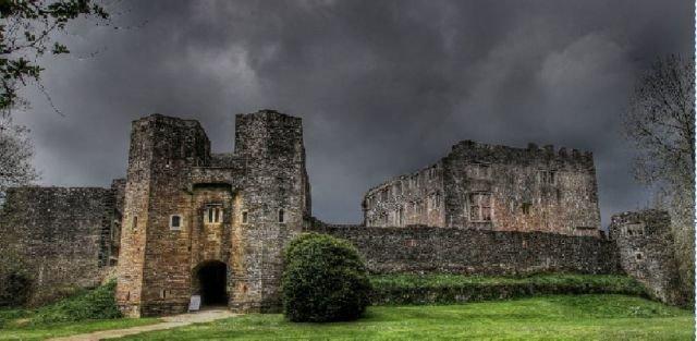 Kastil Berry Pomeroy