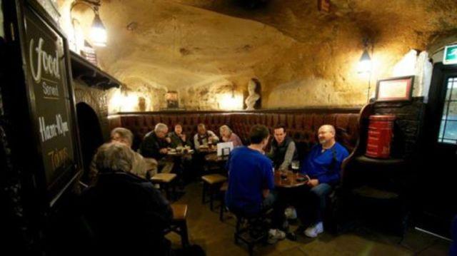 gua dijadikan cafe