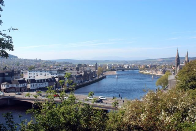 Pemandangan kota dari Inverness Castle