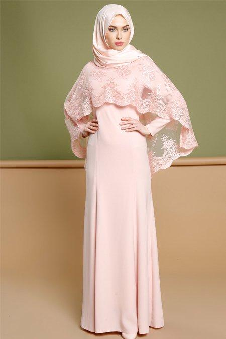 11 Inspirasi Outfit Untuk Sister Of The Bride Meski Bukan Bintang