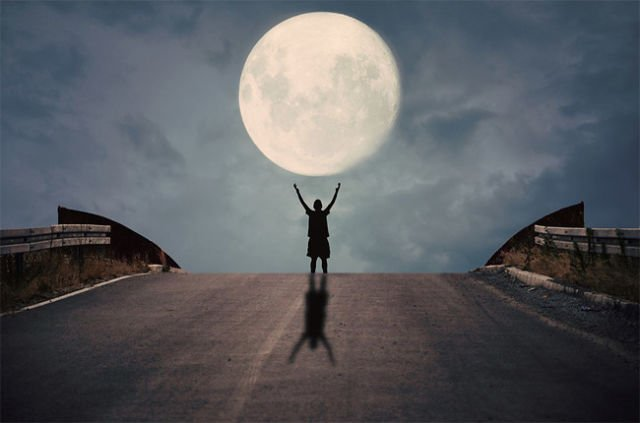 Selenophile, Penyuka Bulan