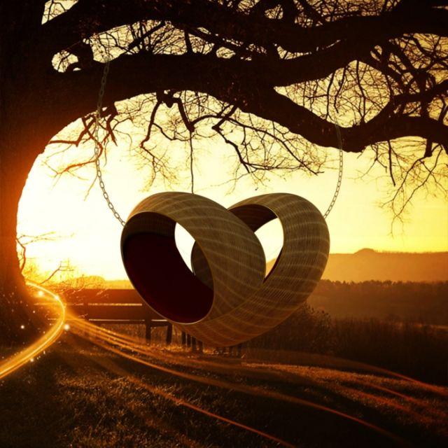 Ayunan Berbentuk Hati Love in The Air