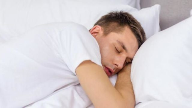 tidur sebelum jam 10 malam