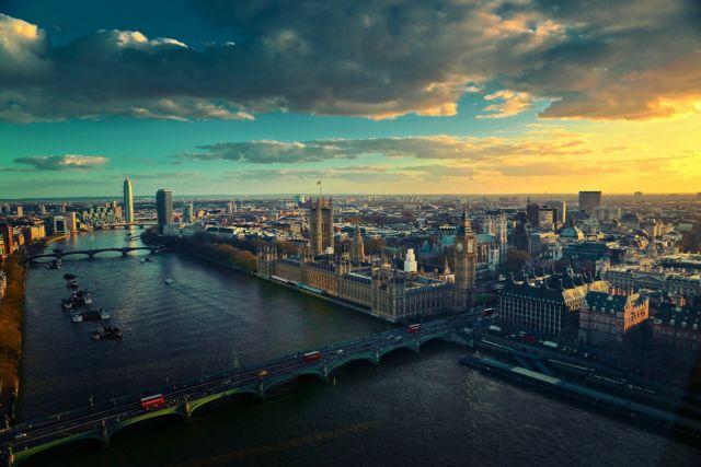 Panorama London dan Sungai Thames