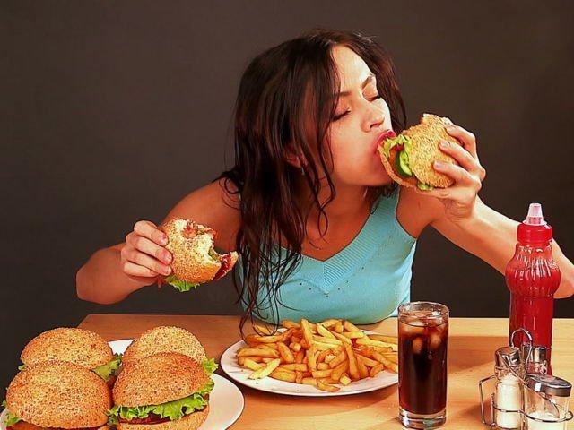 konsumsi junk food berlebih itu tidak baik