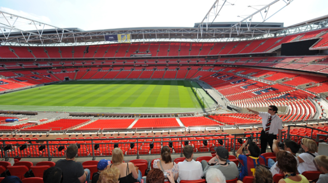 Suasana Tour Wembley