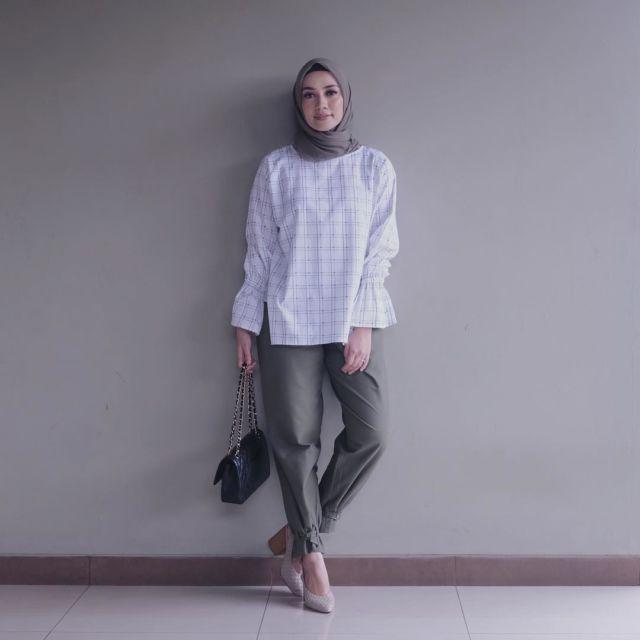 66+  Celana Yang Cocok Untuk Baju Putih Paling Baru Gratis