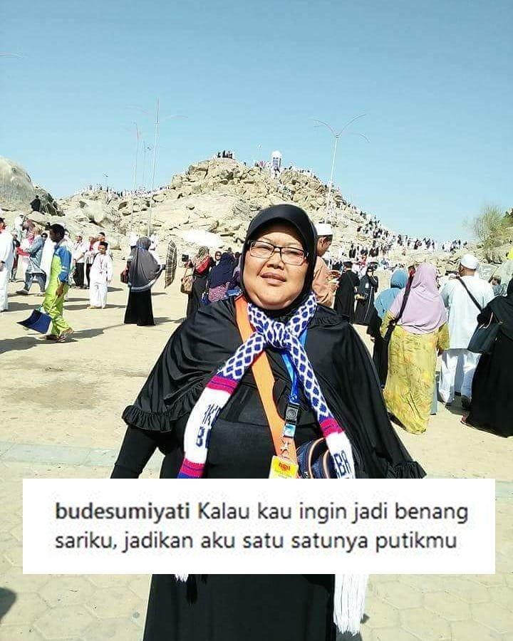 16 Caption IG Bude Sumiyati yang Guyonannya Ala Emak-Emak  Meski