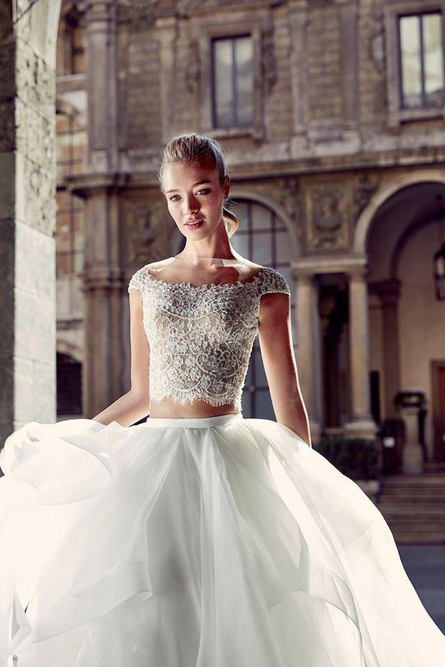 Kepribadian ini menyukai gaun yang tidak biasa dan mencuri banyak perhatian