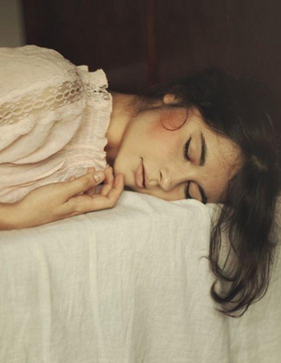 Tidurlah sesuai waktu ritme tubuhmu ya!
