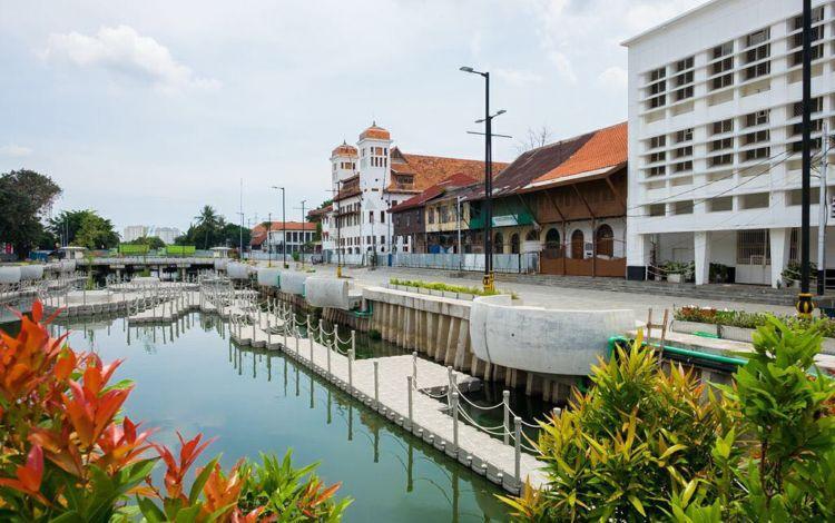 Destinasi Wisata Baru Kali Besar Di Kota Tua Jakarta Indah