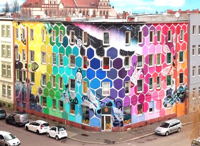 Sarang Lebah mural