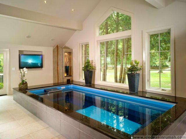 Desain Akuarium Ruang Tamu  12 ide kolam di dalam rumah yang bikin kamu merasa sedang