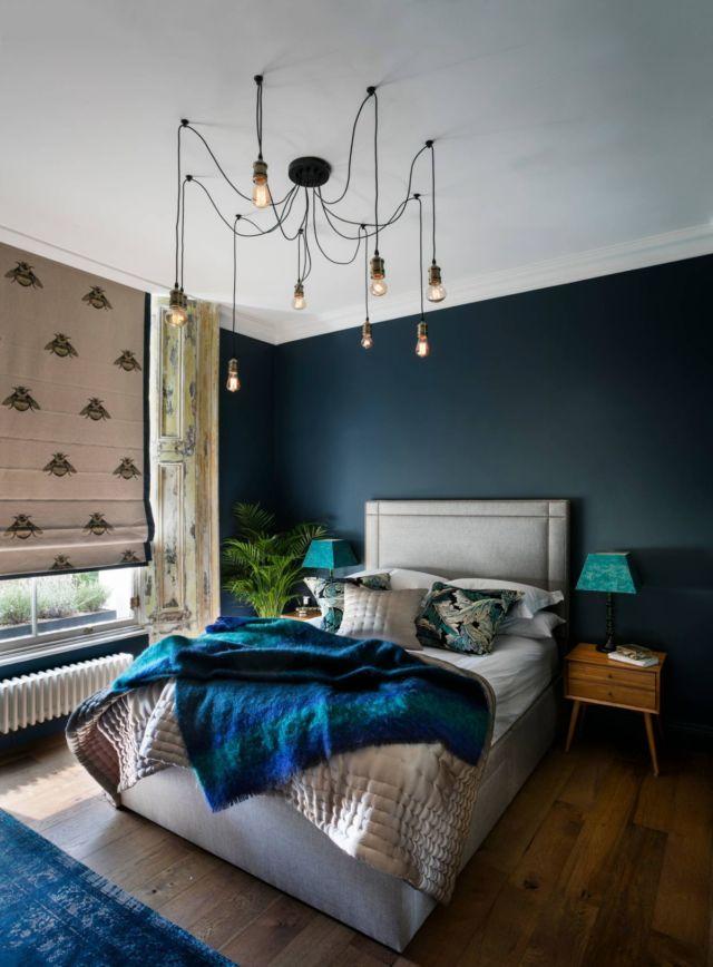 Kombinasi Warna Cat Rumah Biru Tampak Depan  13 warna cat dinding untuk mengelabui kamar kost sempit