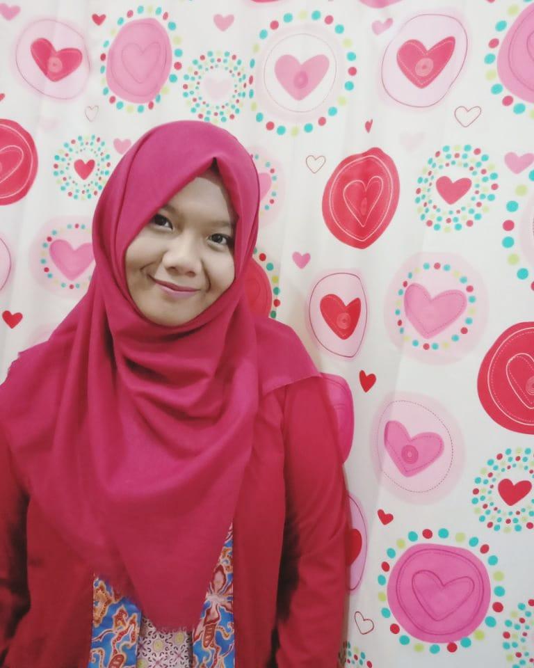 Happy Syamsiar