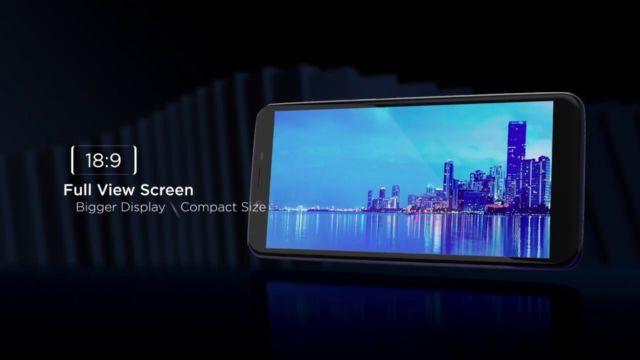 full view display 18:9 HD IPS, 2.5D Glass