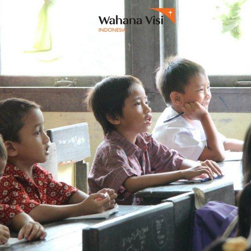Demo saat belajar di sekolah