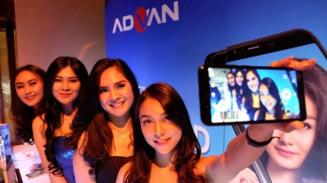 Advan i6 dengan kamera belakang 13 Megapixel