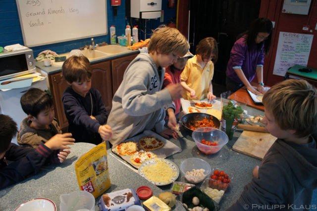 Pembelajaran Memasak oleh Murid Summerhill School