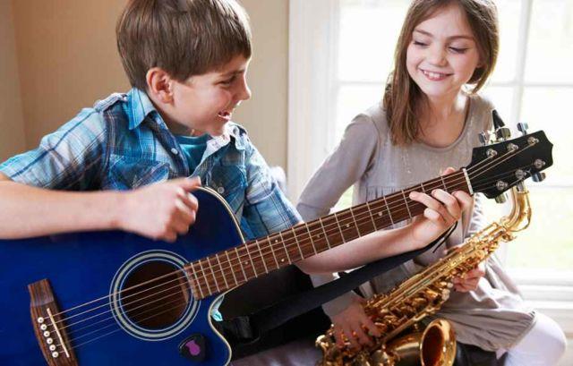bermain-musik-sangat-baik-untuk-otak