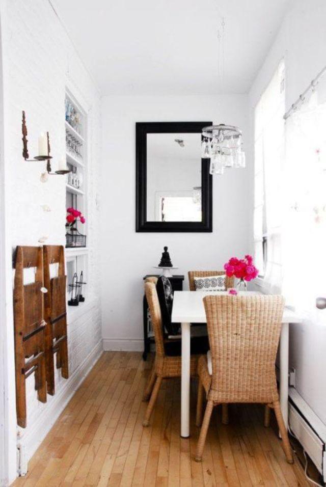 dinding untuk meletakkan furniture