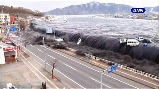 Dahsyatnya tsunami dan gempa bumi Jepang