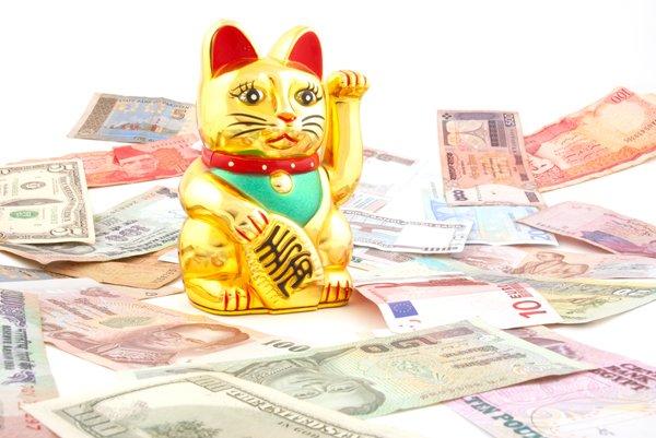 5 Fakta Unik Patung Kucing Melambai Pembawa Keberuntungan Yang Banyak Ditemui Di Toko Toko Itu Lho