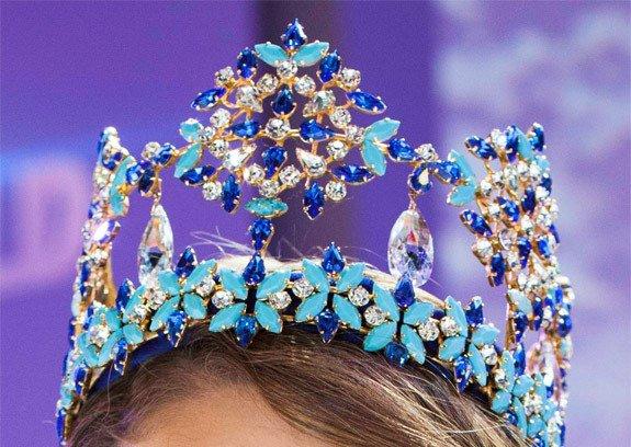 blue-crown-miss-world-yang-memiliki-harga-termahal