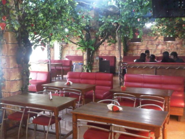 Cafe Strawberry