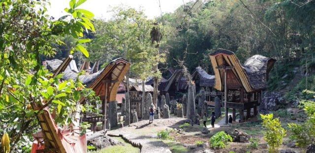 Menhir di Kalimbuang Bori
