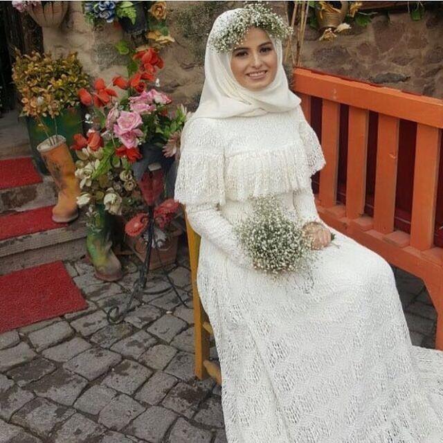 15 Variasi Gaun Pengantin Internasional Hijab Yang Sopan Tampil Mewah Sehari Bak Putri Sultan