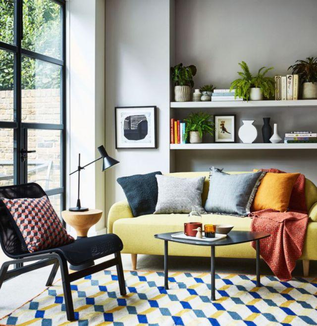 kain pelapis sofa