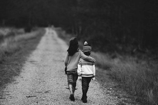 Jadilah sahabat yang memiliki belas kasih