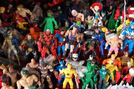 Mainan Bekas Plastik Pasar Loak · Foto gratis di Pixabay