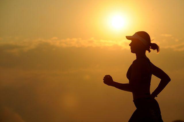 Olahraga dapat memperbaiki mood dan membuat tubuh tetap fit